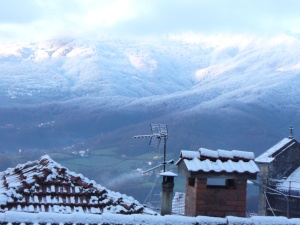 foto monti neve